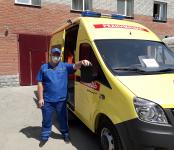 Ключи от нового реанимобиля вручили коллективу скорой помощи в Бердске