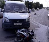 Разбил мопед о грузовик несовершеннолетний житель Бердска
