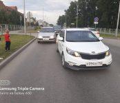Пьяный на Toyota Caldina с номером а867 ММ, 14 регион таранил такси и уехал с места происшествия в Бердске