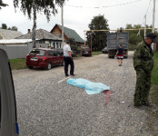 Трагедия: 40-летнюю женщину-пешехода переехал КамАЗ в Бердске