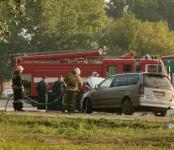 По пути домой вспыхнул на ходу Mitsubishi Chariot в Бердске