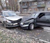В карете скорой помощи продолжила путь несовершеннолетняя пассажирка LADA Granta после ДТП в Бердске