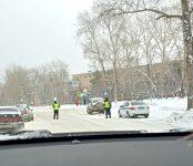 Госавтоинспекция региона напомнила водителям Бердска о мерах безопасности в условиях снегопада и гололёда