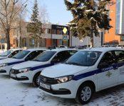 Служебным автомобилем наградили отдел МВД Бердска за работу участковых