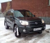 В Бердске угнали чёрный Toyota RAV-4 с наклейкой «9 Мая»