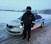 Водитель личного автомобиля поблагодарил сотрудника ГИБДД за оказанную помощь