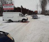 «ГАЗель» протаранила легковушку на перекрёстке в Бердске