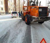 Попала под трактор девушка на «Мицубиси Мираж» в Бердске
