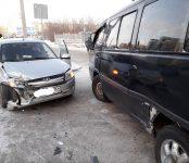 В столкновении SsangYong и LADA Granta в Бердске травмирована пассажирка отечественного авто