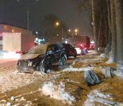 56-летний мужчина на Ford Escape погиб в Новосибирске