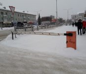 Незаконный шлагбаум нашёл бердский суд в центре Бердска