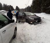 Две иномарки попали в ДТП из-за дорожной неровности в Бердске