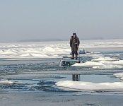 Утопил автомобиль рыбак в Ордынском районе. Спасали его специалисты из Бердска