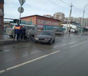 Белая фура протаранила «Хонду Аккорд» в Бердске и скрылась в неизвестном направлении