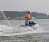 Гидроцикл с детьми на борту сломался на акватории Обского моря в Бердске