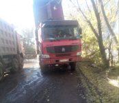 За отсыпку дороги строительным мусором ответил и. о. мэра Бердска Владимир Захаров